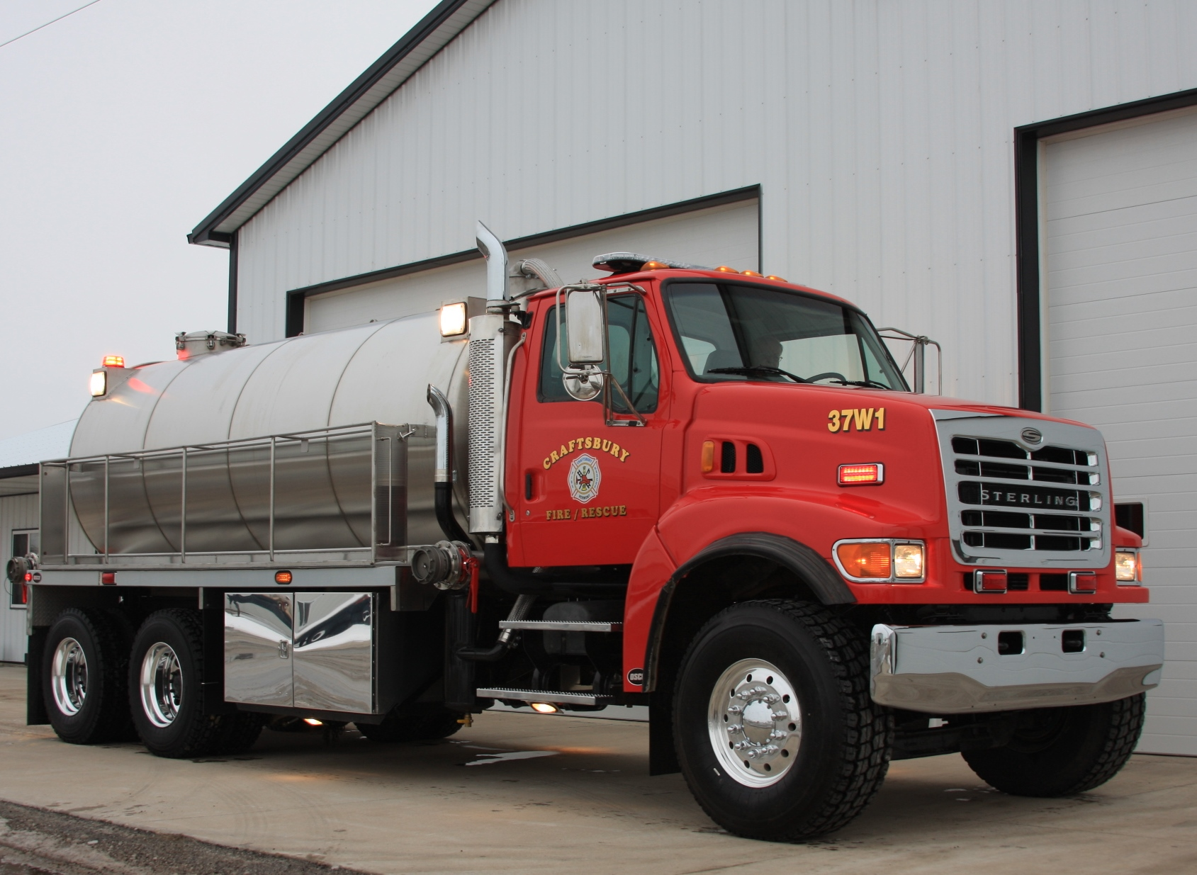 Rural fire departments need fusion vacuum tanker osco - Does fire department fill swimming pools ...
