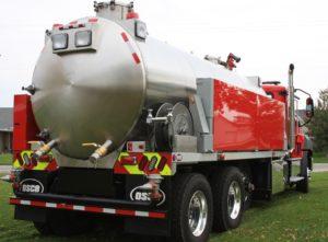 Fusion Vacuum Tanker Back