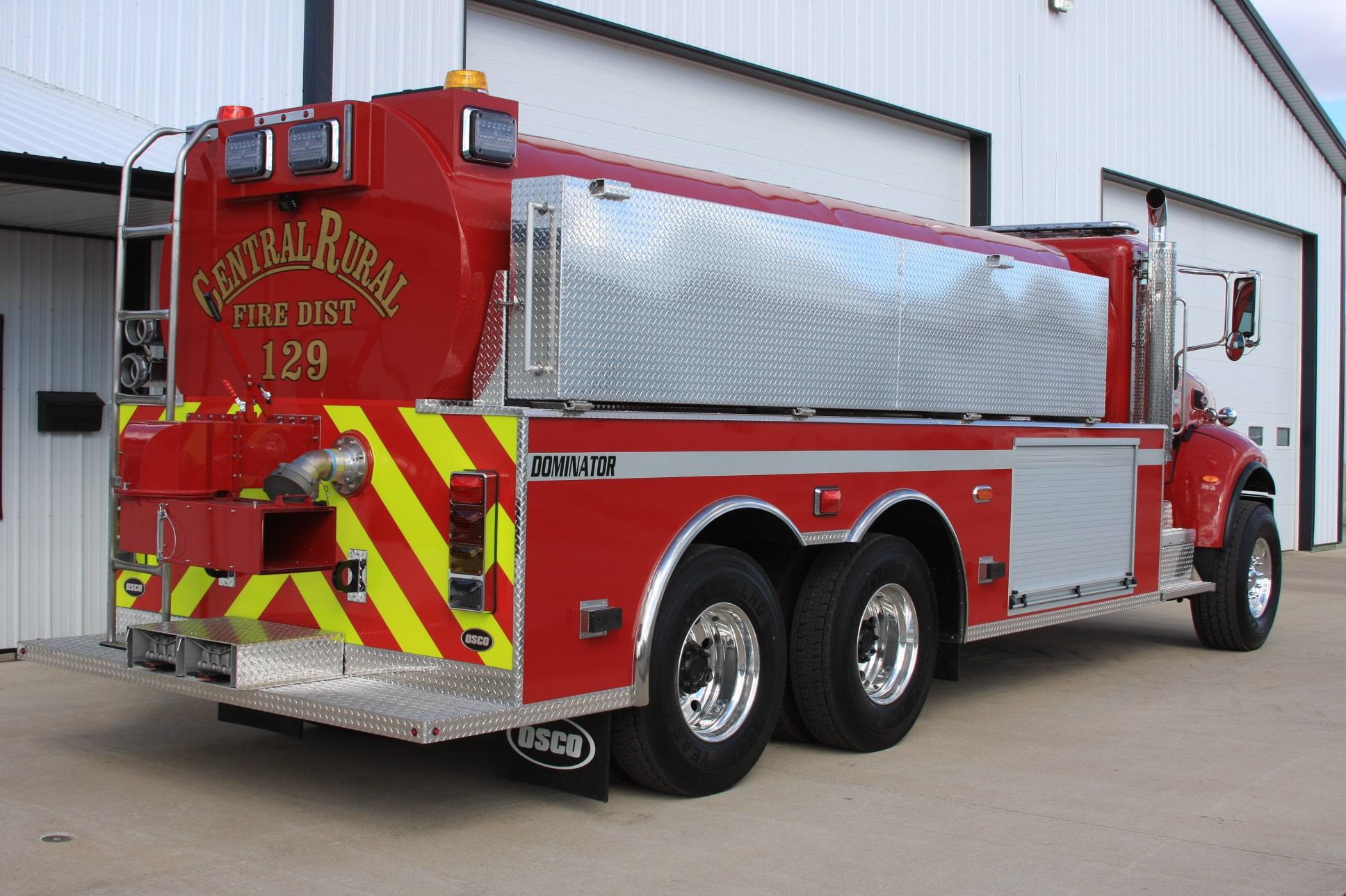 BEACH 2871 fire apparatus fire tanker