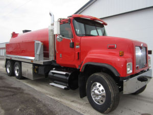 2006 International 5500 tandem axle