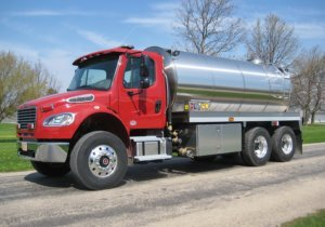 Commander Tanker Truck with Stainless Steel Tank