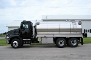 Commander Fire Truck with stainless steel tank from Osco Tank and Truck Sales