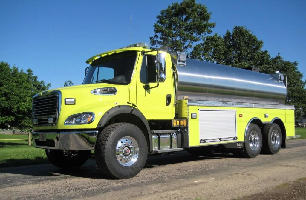 yellow dominator series tank with stainless steel cab.